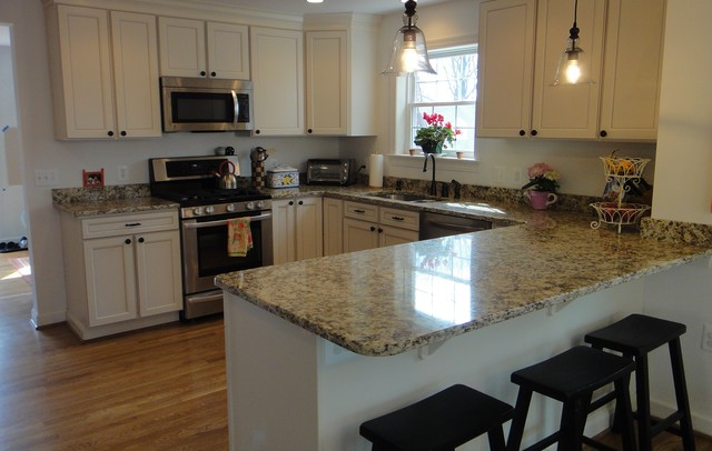 Cook bros of arlington va kitchens traditional for Eat in kitchen design