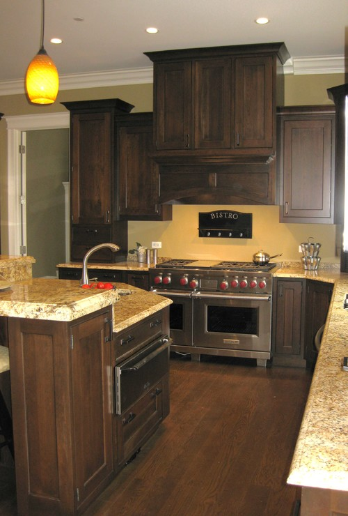 What other wall colors beside yellow tones will look good for Dark wood cabinets small kitchen