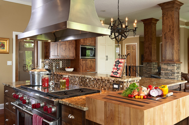 Cook's Kitchen traditional-kitchen