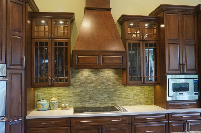 Cooking Range and Hood traditional-kitchen