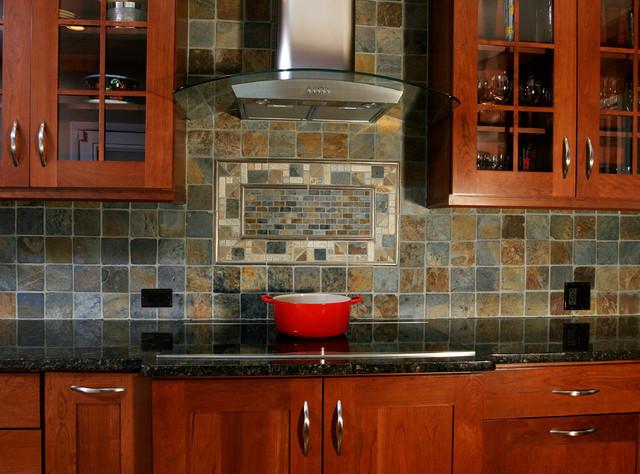 Cooktop, Backsplash, Hood transitional-kitchen