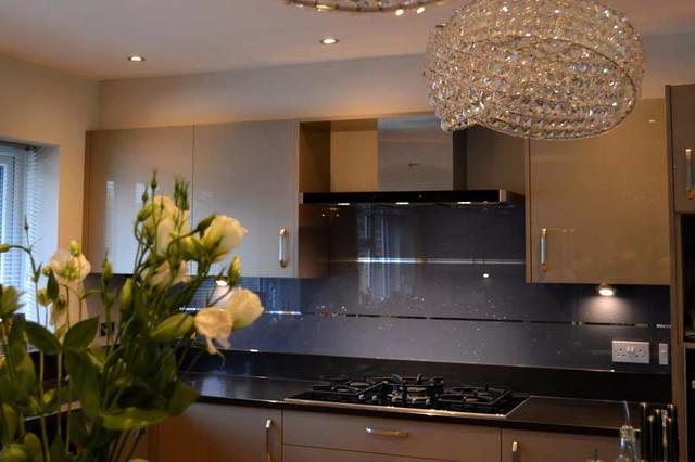 Cool Grey Mirror Stripes Glass Kitchen Splashback By