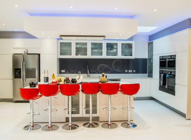 Cool Grey Swirls Glass Kitchen Splashback Contemporary
