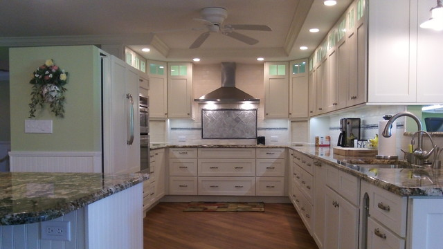 Cool Kitchens traditional-kitchen
