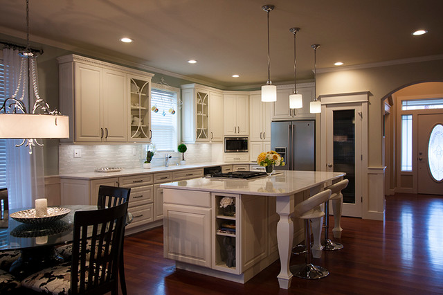 Cooper Olympia Wa Traditional Kitchen Seattle By Cabinets By Trivonna