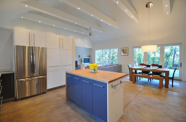 Copper Rim Trail contemporary-kitchen