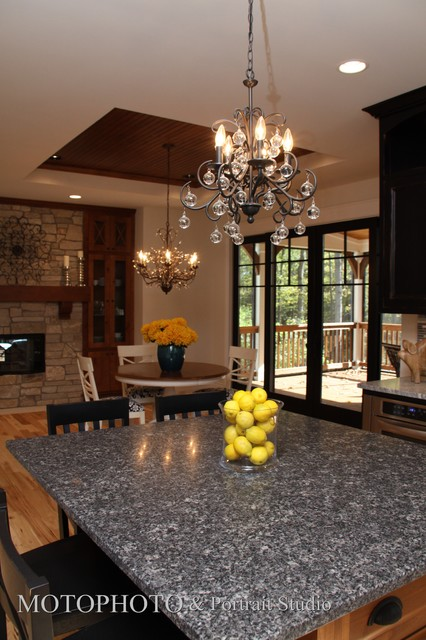 Coral traditional-kitchen