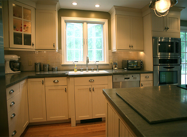 Faherty contemporary-kitchen