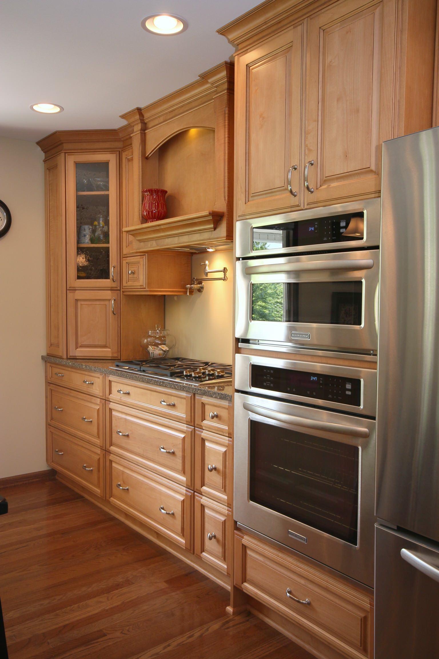 Corner appliance garage