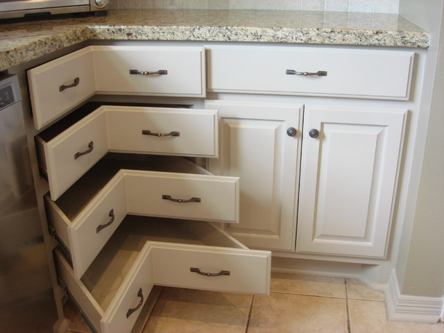 Corner cabinet - Traditional - Kitchen - Houston - by Windham Construction, Inc