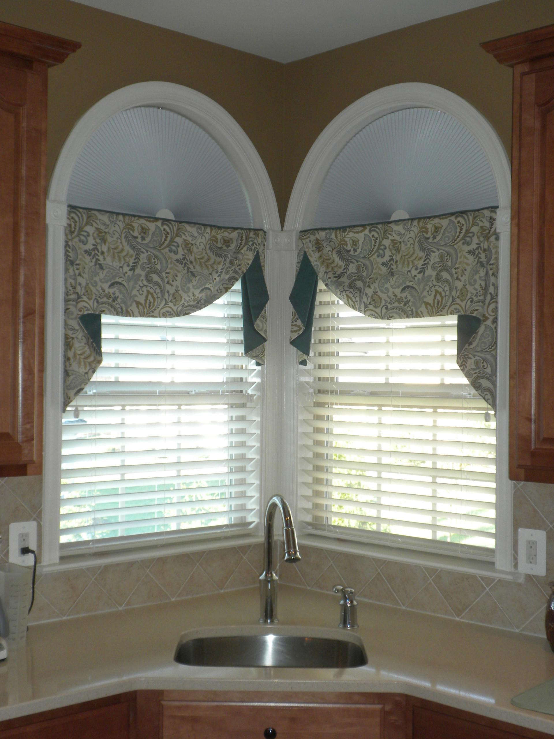 Corner Kitchen Window Houzz