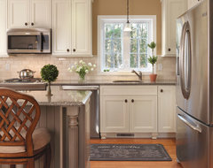Cornerstone Gold Award Kitchen and Family Room traditional kitchen