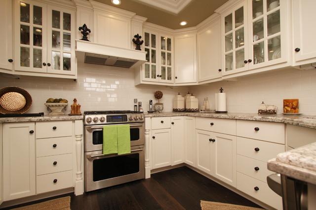 Very Best Small Cape Cod Style Kitchen 640 X 426 81 Kb Jpeg