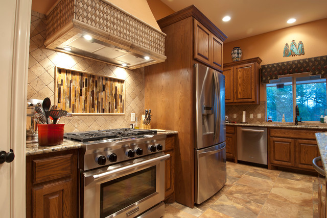 Corral traditional-kitchen