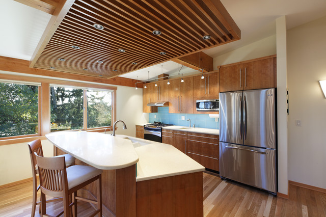 Corvallis Custom Kitchens & Baths contemporary-kitchen