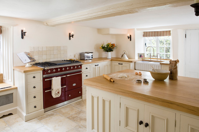 Small Rustic Enclosed Kitchen Pictures   Small Rustic Travertine Floor  Enclosed Kitchen Idea In Berkshire With