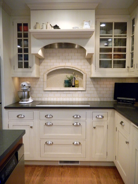 Cottage Kitchen - Traditional - Kitchen - new york - by Shore ...