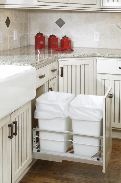 Cottage Style Kitchen traditional-kitchen