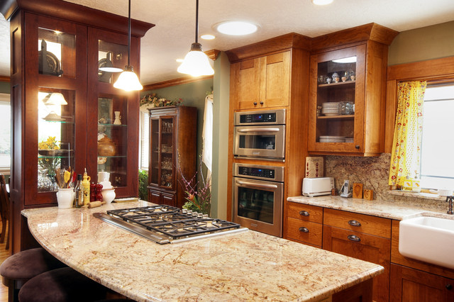 Country Classic Mission Kitchen traditional-kitchen