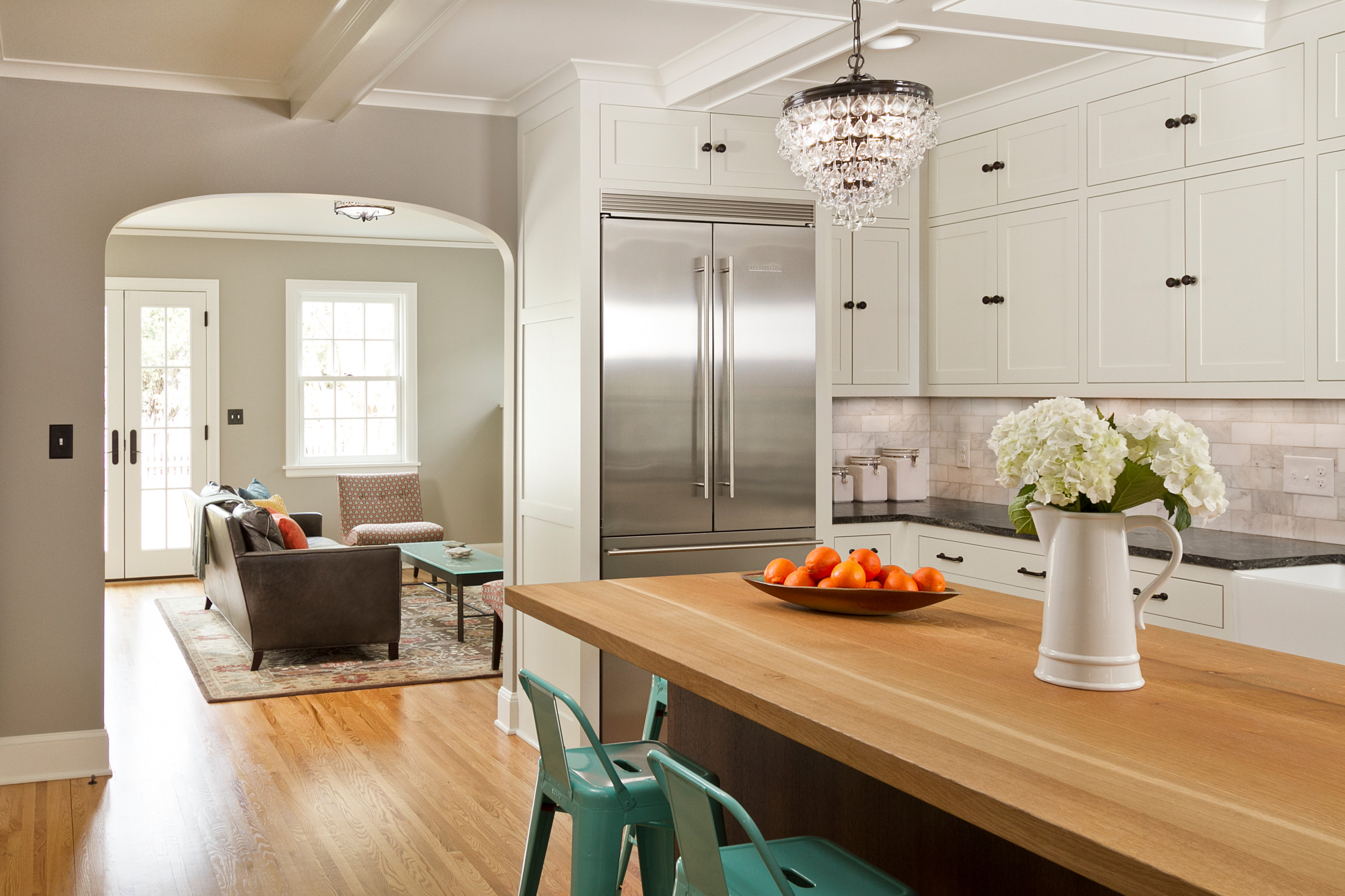 Country Club Colonial Revival