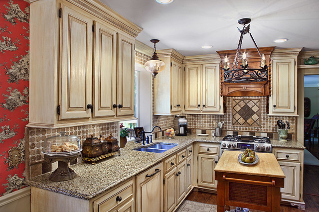 Enjoyable Country French Kitchen Macon Ga Traditional Kitchen Beutiful Home Inspiration Ommitmahrainfo