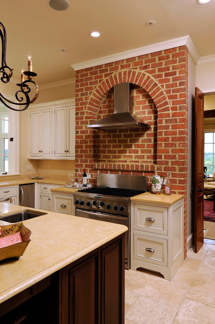 Country House traditional-kitchen