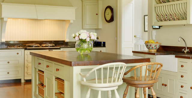 Country House Ireland Traditional Kitchen Dublin By Helen Turkington Design