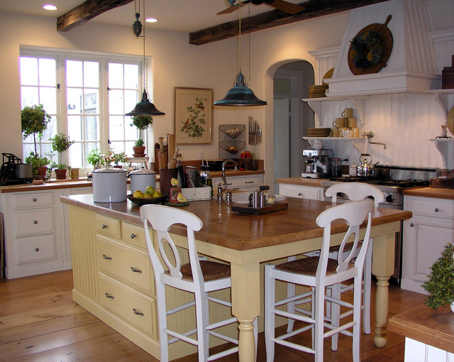 Country House Kitchen traditional-kitchen