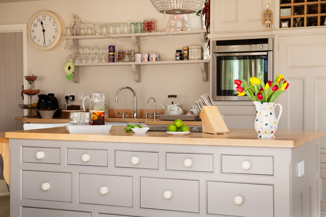 Country Kitchen- Ancaster, Lincolnshire - Farmhouse - Kitchen - Other - by Hill Farm Furniture Ltd