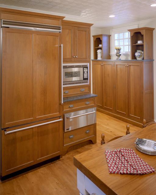Agresta Kitchen traditional-kitchen
