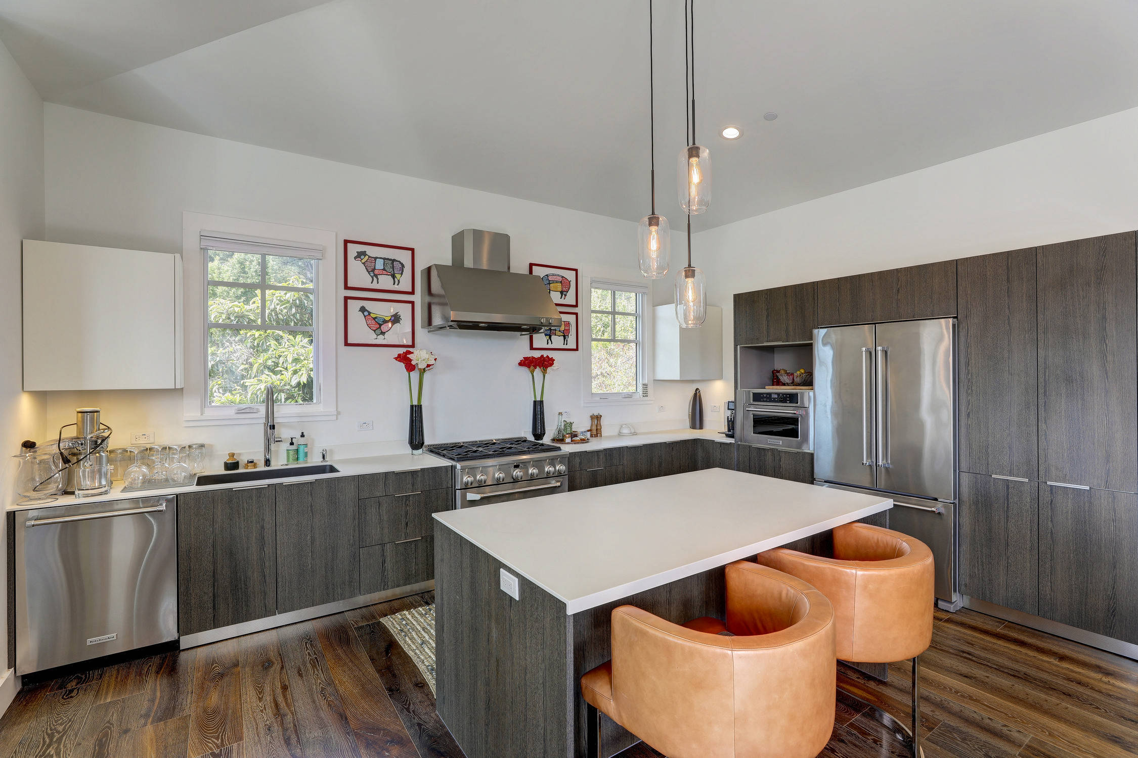 """Country Modern """"Cousins"""" in Mill Valley"""