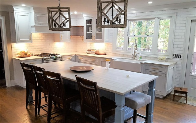Country Style Kitchen - Transitional - Kitchen - Miami - by ...