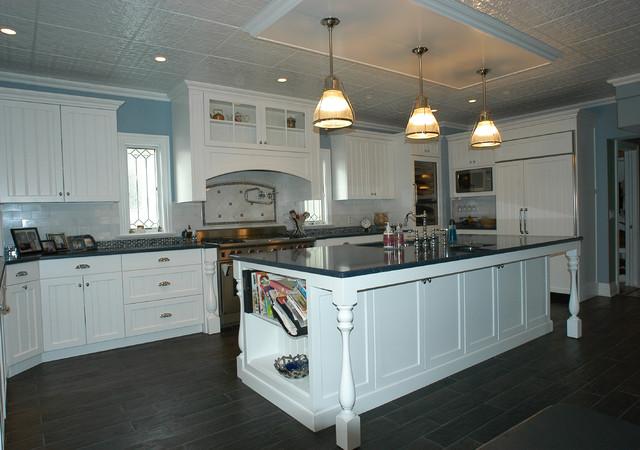 Country White Kitchen kitchen