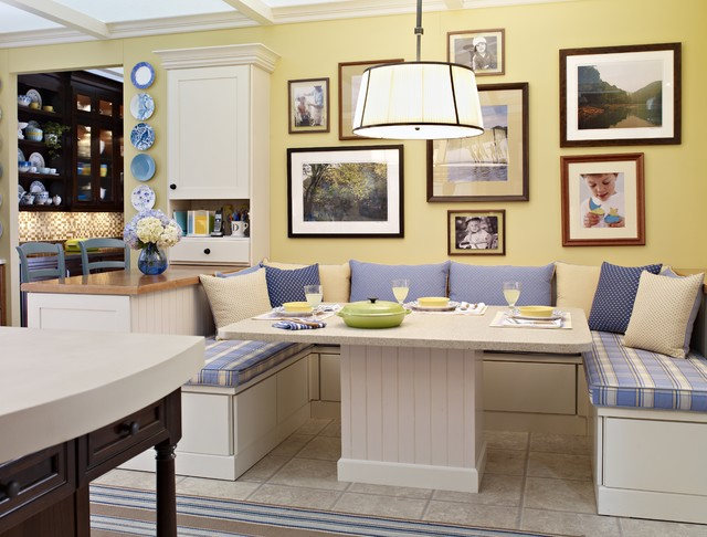 Delicieux Country Yellow Breakfast Nook Traditional Kitchen