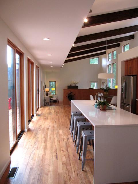 Courtyard House Modern Kitchen Atlanta By