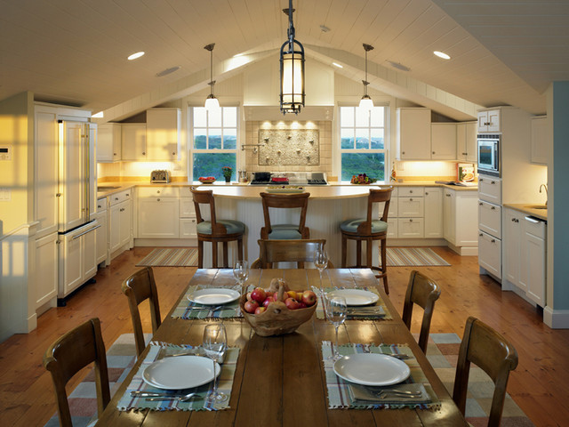 Cozy Cottage Kitchen Traditional Kitchen Boston By
