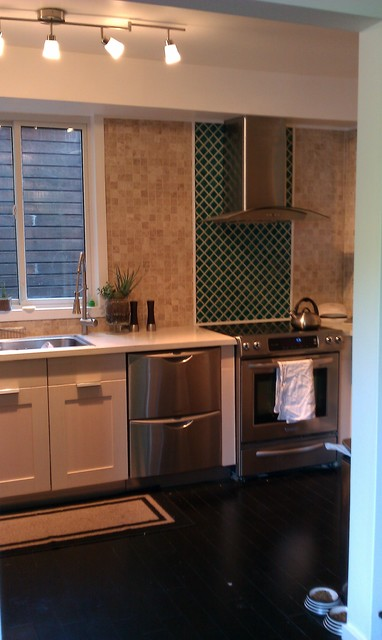 Kitchen Backsplash Accents tiles kitchen backsplash accent - crackle glass tiles accent wall