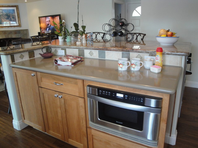 Craftman Styled Huntington Beach Bungalow Remodel traditional-kitchen