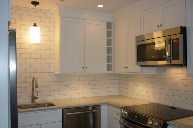 Crafts house charleston sc traditional kitchen for Kitchen cabinets regina