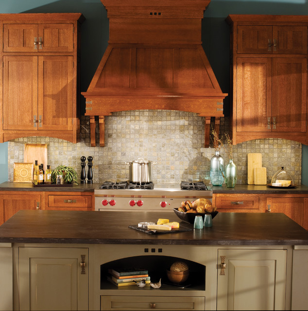 Minnesota Kitchen Cabinets: Craftsman Creation