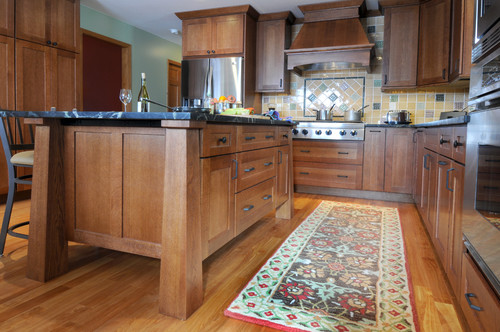Dura Supreme Quarter Sawn Oak or Natural Hickory?