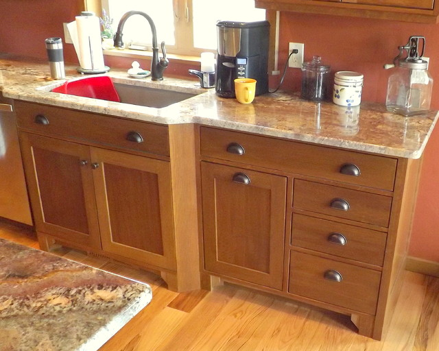 Craftsman Quartersawn Oak Cabinetry - Craftsman - Kitchen - Denver ...