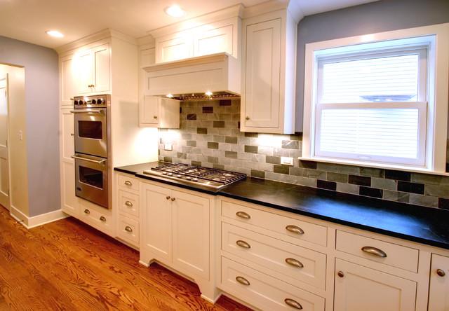 Craftsman style cabinets oak hardwood flooring for Craftsman style kitchen flooring