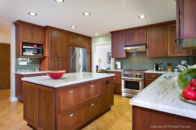 Craftsman Style Kitchen Bonita traditional-kitchen