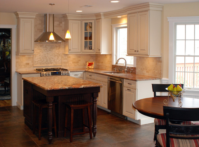Cranbury Design Center - Traditional - Kitchen