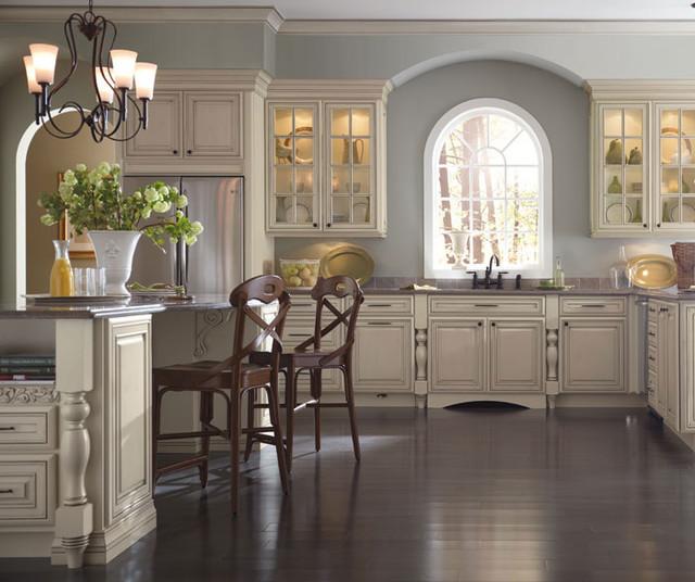 Cream Kitchen Cabinets With Glaze Traditional Kitchen Denver By Cw Kitchen Bath Design