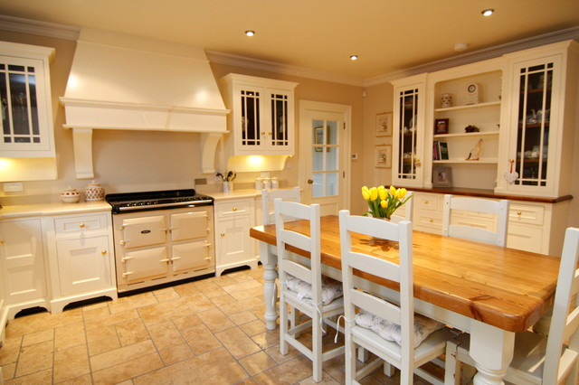 Cream painted country kitchen  Farmhouse  Kitchen  Other  by Liam