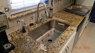 Keluli Tahan Karat Adalah Konsisten Salah Satu Bahan Yang Paling Por Untuk Sinki Dapur Dan Sebab Baik Ketahanan Pembersihan Dengan Pelbagai