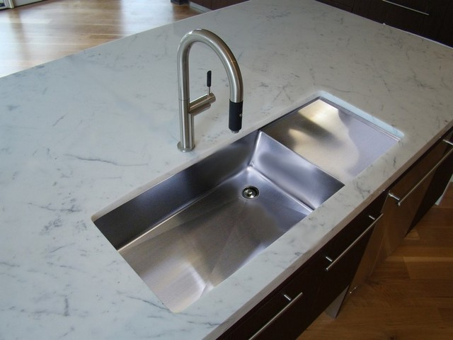 Undermount Kitchen Sink With Drainboard : UltraClean Seamless Sinks - Drainboard Sinks - Modern - Kitchen ...