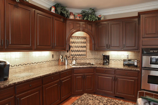 Creative cabinets and faux finishes llc traditional for Finished kitchen cabinets
